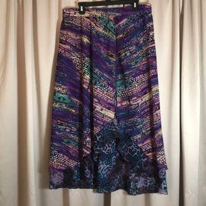 Sunny Leigh. Skirt Size XL Ruffled edges